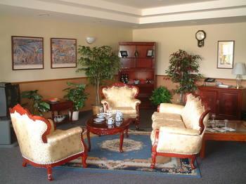 DV Lounge.jpg